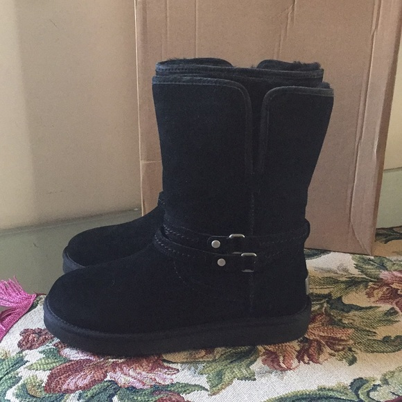 c739a6e1334 ✨!!!!NEW UGG PALISADE BLACK. Water Resistant NWT